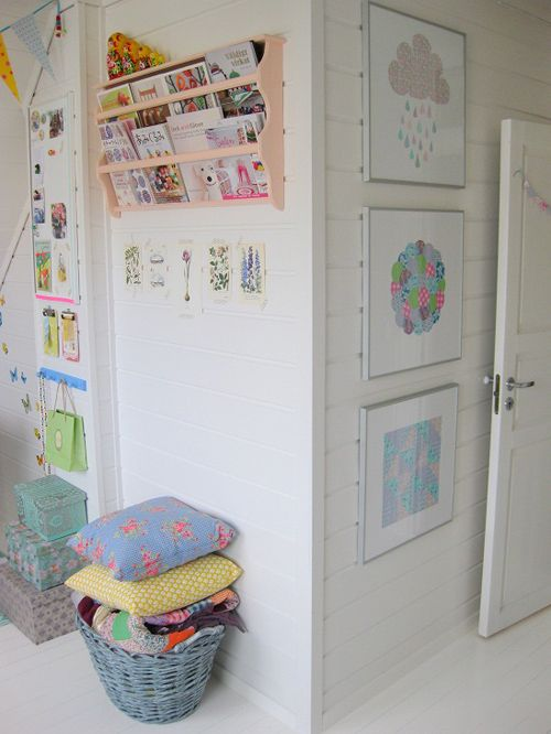 great idea, plate rack into a book rack - Interior Stina Ballerina!