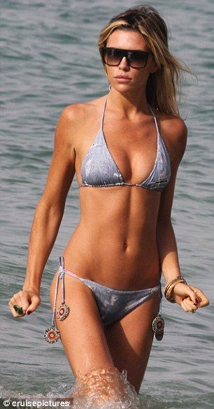 Pete's a lucky man! Abbey Crouch wows in an acid wash ...
