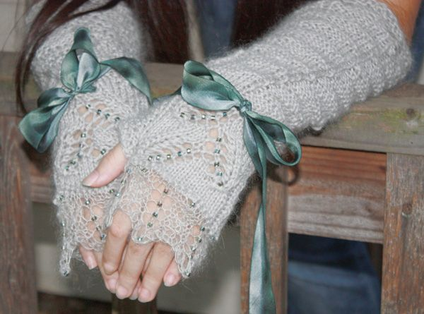 Mochi mitts : Knitty Winter 2012 | Knitting and Crochet Projects | Pi ...