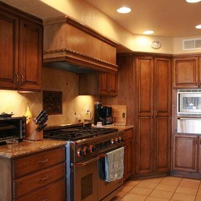Corner Kitchen Cabinet Ideas on Corner Pantry Cabinet In Kitchen   Kitchen Ideas