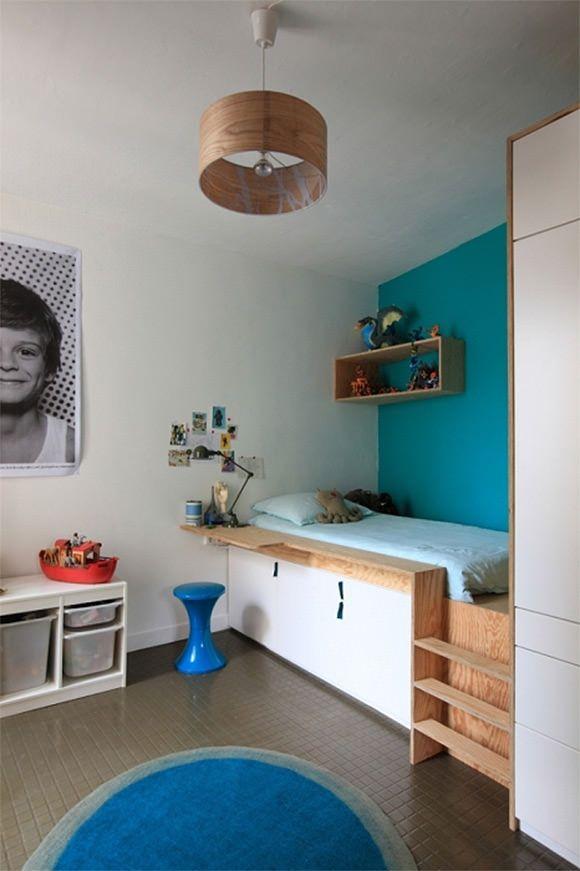 Прохладный нарах в комнате ребенка с встроенной хранения внизу