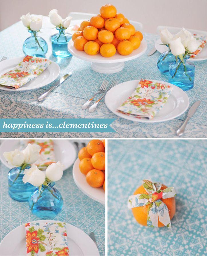 Love the tangerine & aqua combo.