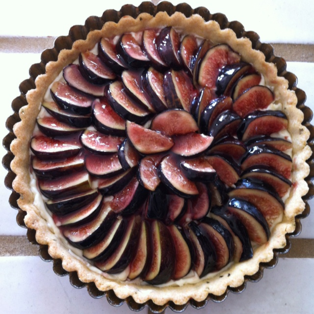 Fresh Fig Tart With Rosemary Cornmeal Crust And Lemon Mascarpone Cream ...