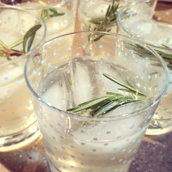 Rosemary Gin Fizz - thanks @Joanna Goddard for the recipe ! | Cocktail ...
