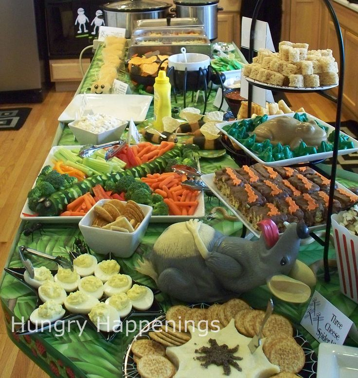 Buffet table ideas i pin party food pinterest for Food ideas for toddler halloween party