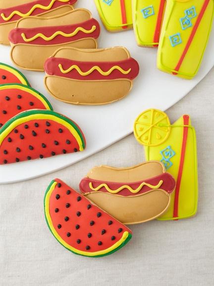 Hot Dog Cookies for the Groomsmen | Wedding board | Pinterest