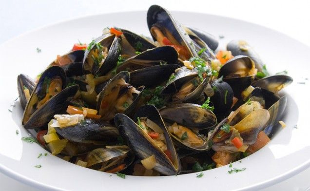 Mussels with Spicy Tomato Sauce | Recipe