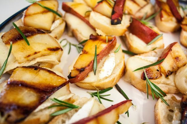 Sgt. Pepper's Kitchen: Honey Grilled Pear, Brie & Rosemary Crostini ...
