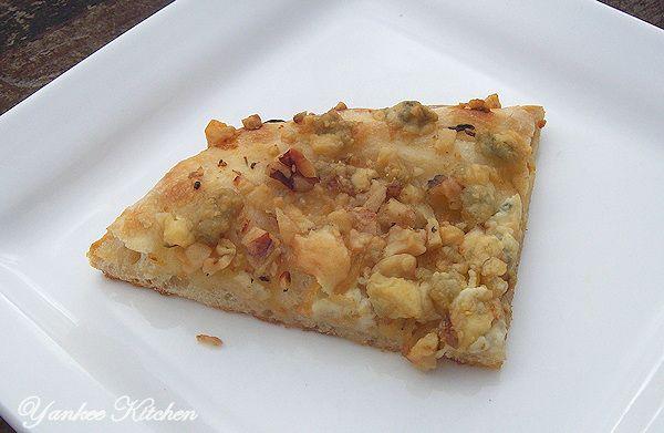 lemon walnut blue cheese pizza recipe