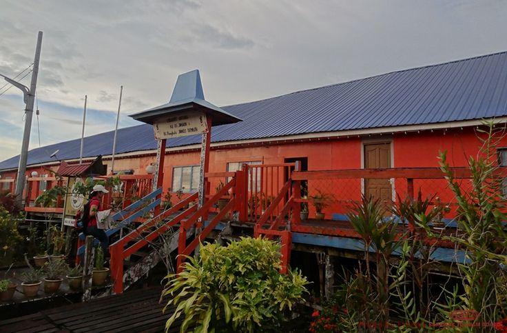 Bawang Assan Iban Longhouses  SARAWAK  Pinterest
