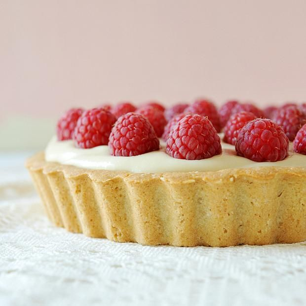 White Chocolate Raspberry Tart | How to get fat | Pinterest