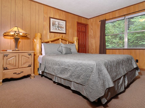 bedroom 6 bathroom cabin rental in gatlinburg tennessee cabins