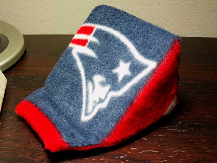 $12 New England Patriots portable mobile device holder