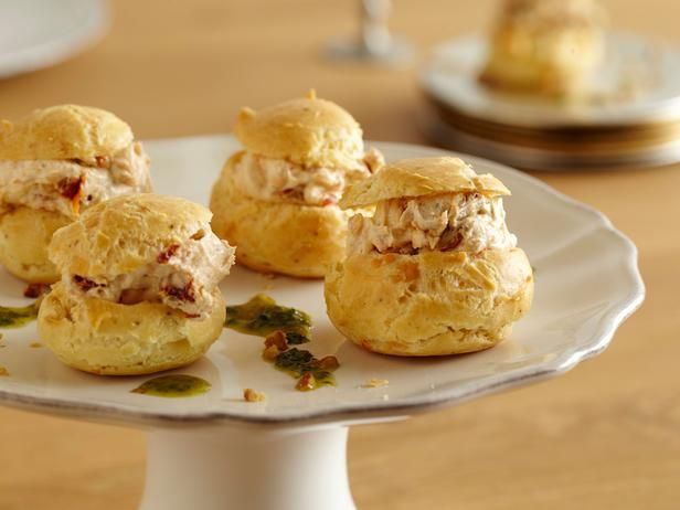 GOAT CHEESE AND SUN DRIED TOMATO PROFITEROLES WITH HERB OIL APPETIZERS ...