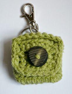 Rainbow Crochet Zipped Coin Purse Tutorial | SparklePetal