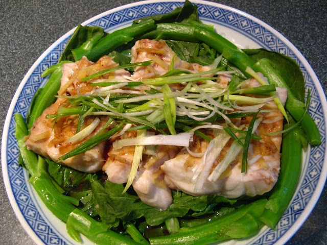 Steamed Fish Fillets with Chinese Broccoli (芥蘭蒸斑腩, Gaai3 ...