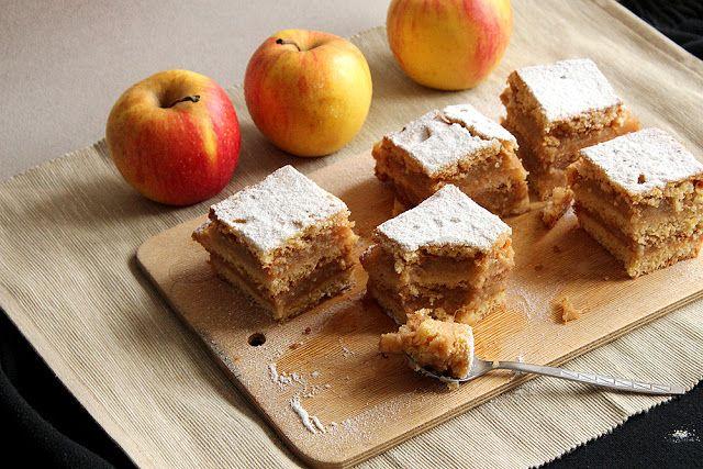 Layered apple pie | Cakes | Pinterest
