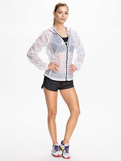 White Nike Cyclone nylon jacket | Outfits I love | Pinterest