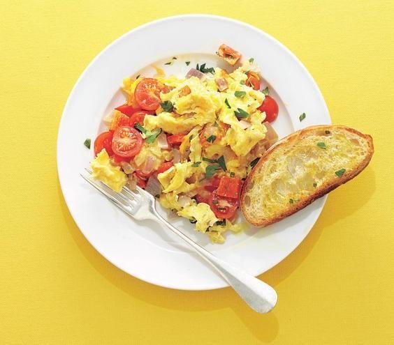 how to make scrambled eggs in bulk