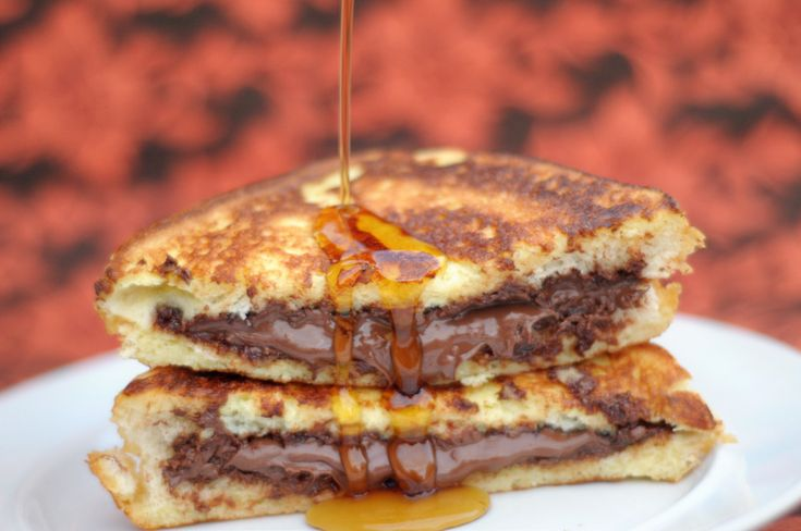 nutella stuffed french toast mmmm gonna try this on saturday