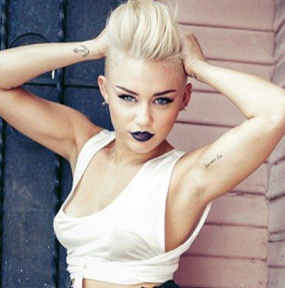 Miley Cyrus' Makeup Artist Talks About Her Bold Look and How to Make it YourOwn