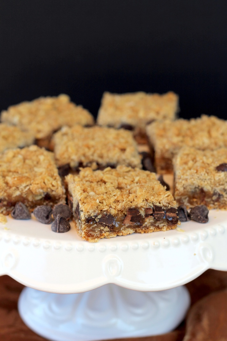 Carmelitas (Caramel and Chocolate sandwiched between Oatmeal Cookie ...