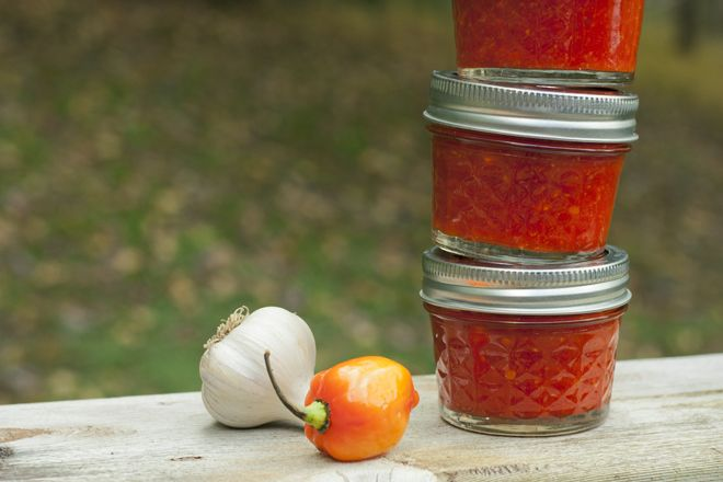homemade sriracha | canning...jamming...preserving and more | Pintere ...