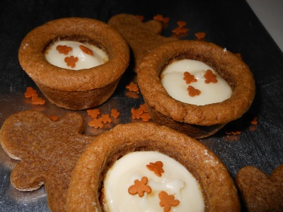 Gingerbread Cheesecake Cookie Cups | desert | Pinterest