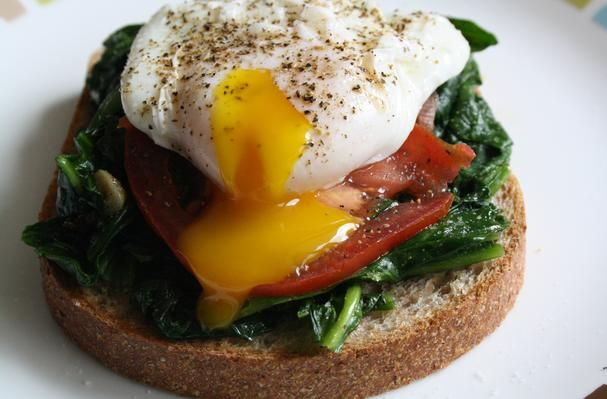 ... , Cooking Tips, and Food News | Poached Egg With Spinach and Tomato