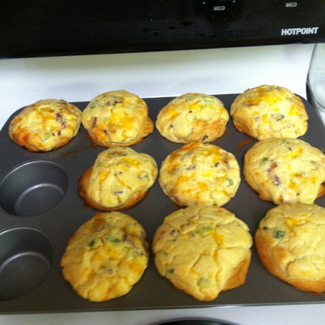 cups bacon and swiss quiche bacon quiche biscuit cups bacon quiche ...