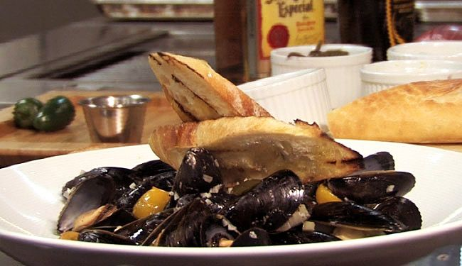 Tequila-Jalapeno Mussels | Yum. | Pinterest