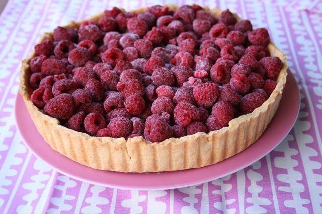 White Chocolate Raspberry Tart   YUMMMMM   Pinterest