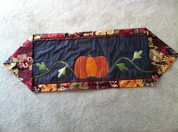 10 minute table runner quilts pinterest for 10 minute table runner directions
