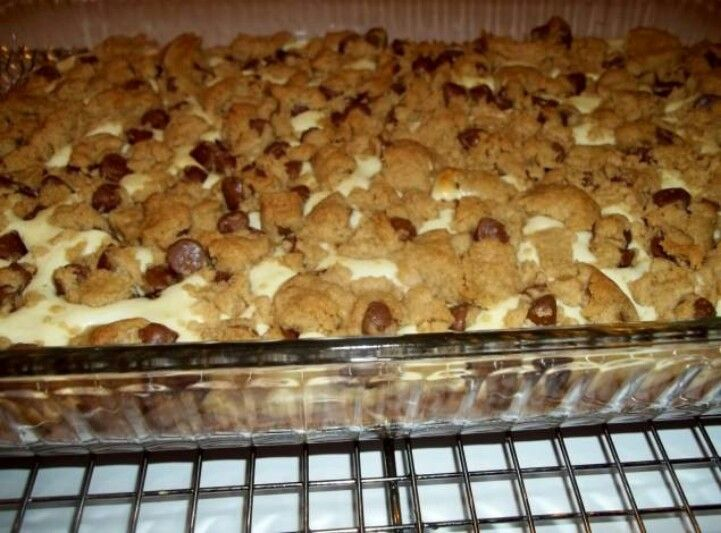Cheesecake cookie dough bars | Desserts | Pinterest