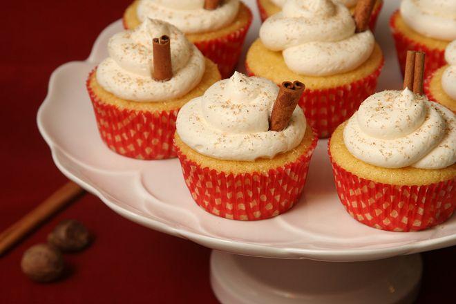eggnog cupcakes | Let Them Eat Cake | Pinterest