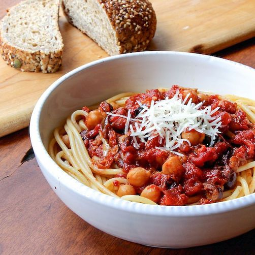 Spaghetti with Chickpeas and Spicy Roasted Tomato Sauce | Recipe