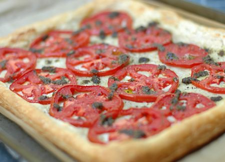 Tomato Tart with Cashew Goat Cheese & Basil Pesto | C'est La Vegan