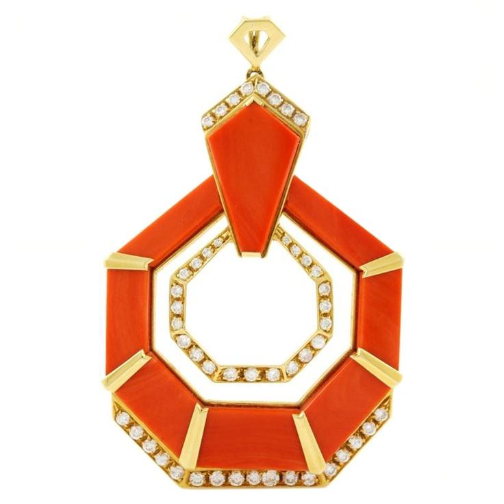 18-каратного желтого золота, Coral и алмаз кулон c.1970 'ы
