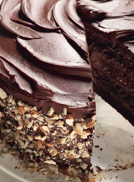 ttss_chocolate_cake_with_fleur_de_sel_caramel_filling_830.jpg