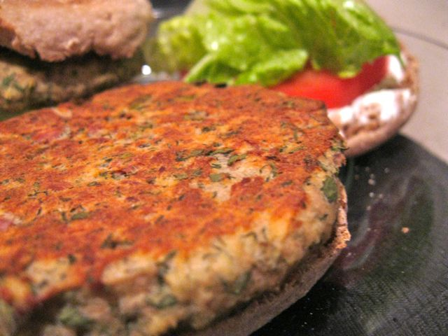 Tuna Burgers | RECIPES I'VE TRIED & WILL MAKE AGAIN | Pinterest
