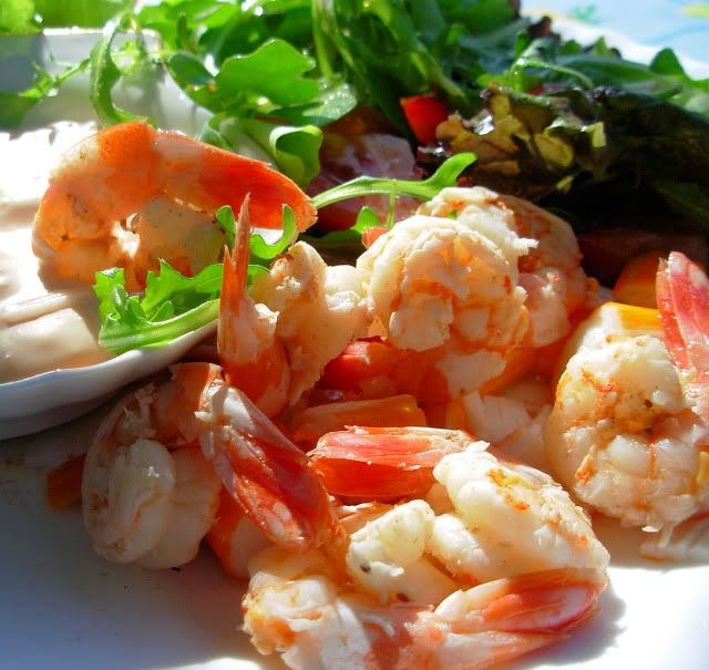Old Bay Prawns/Shrimp in Wine with a Spicy Creamy Dip http://www ...