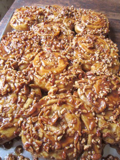 Cinnamon Pecan Sticky Rolls | For the Home | Pinterest