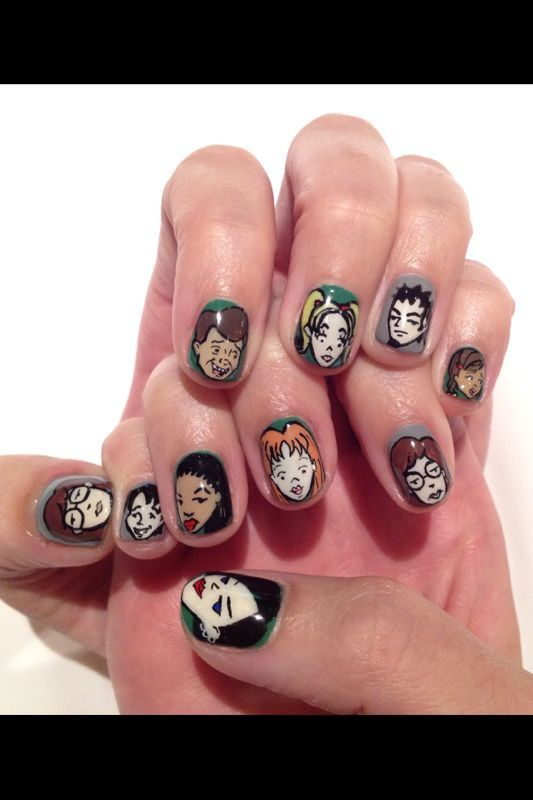 These amazing DARIA nails belong to Katy Perry.