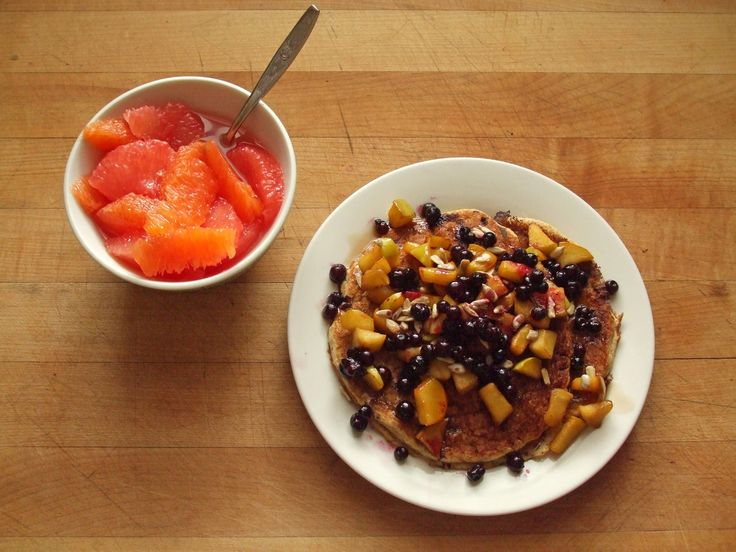 orange segments, whole wheat pancakes with cooked apples with ginger ...