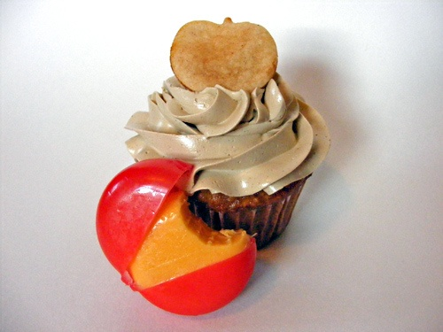 Apple & Sharp Cheddar Cupcakes | Cupcake Inspiration | Pinterest