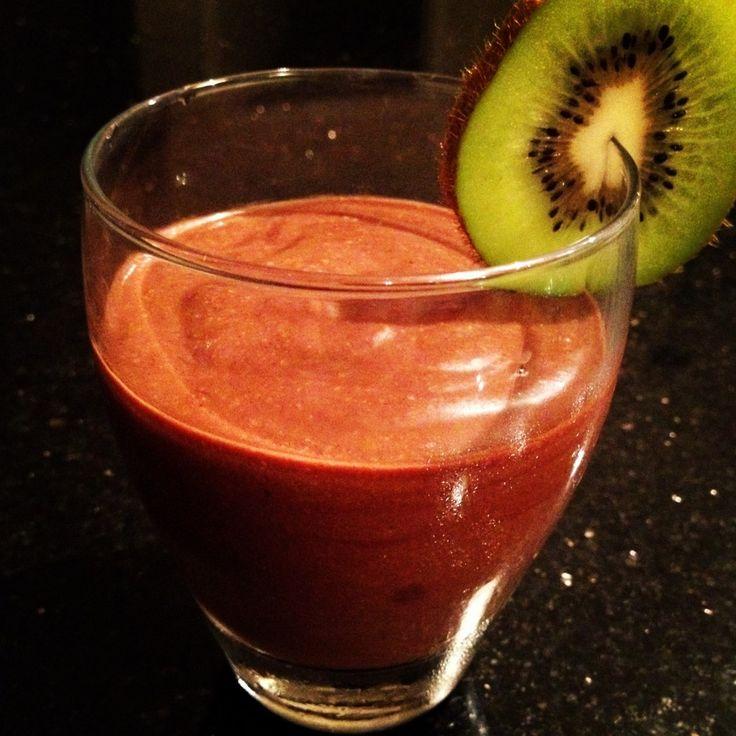 Paleo chocolate banana avocado mousse | Treats | Pinterest