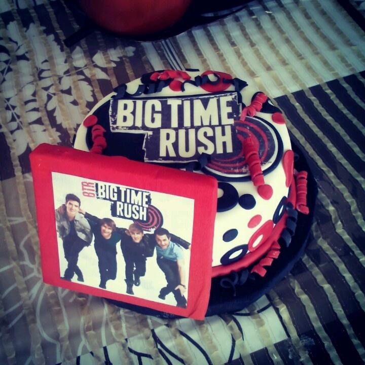 big time rush cakes