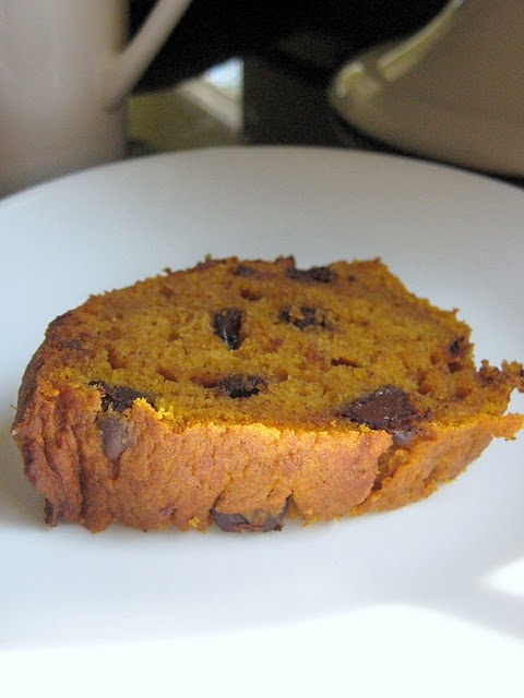 Pumpkin Spice Chocolate Chip Bundt Cake | Pumpkin Recipes | Pinterest