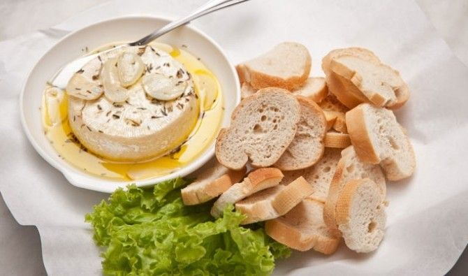 with garlic | Baked Whole Baby Brie in Garlic-Thyme Olive Oil (P375 ...