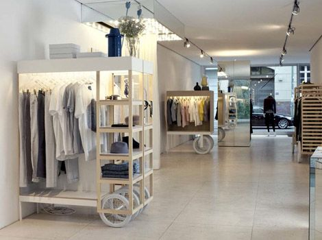 Rolling cart displays retail ideas pinterest for Boutiques interior designs ideas